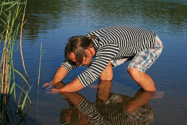 Aivaras: povandeninės fotografijos momentas   Fotografijos autorius : Gintautas Steiblys   © Macrogamta.lt   Šis tinklapis priklauso bendruomenei kuri domisi makro fotografija ir fotografuoja gyvąjį makro pasaulį.